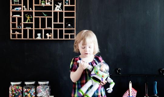 Farba tablicowa, czyli sposób na dekorowanie domu